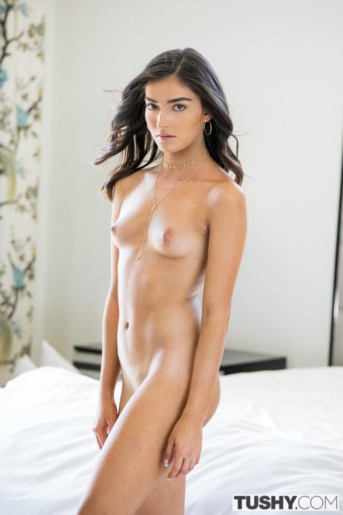 Emily Willis porn