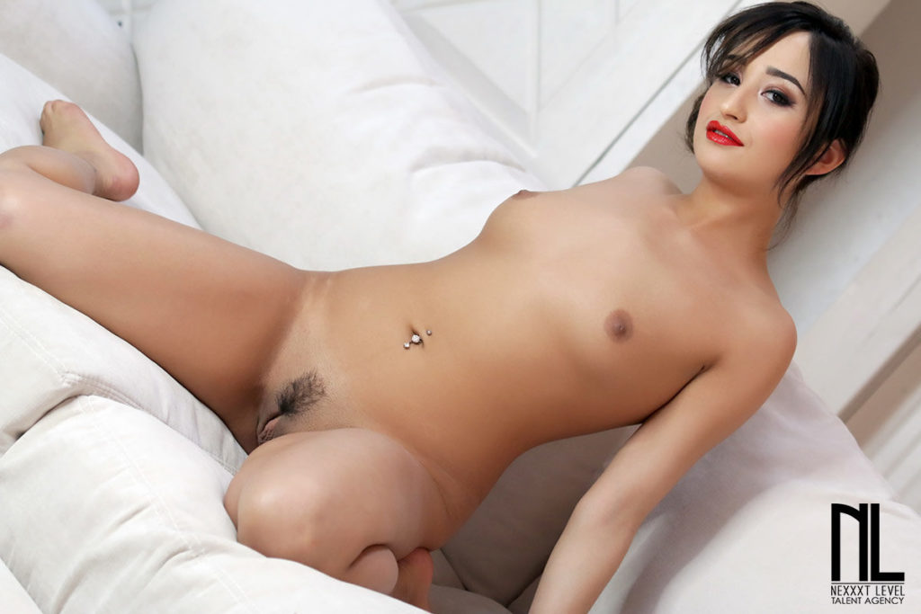Isabella Nice porn movies